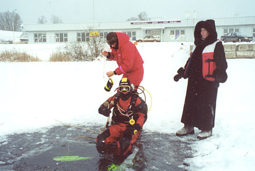 Ice Diving 05 01